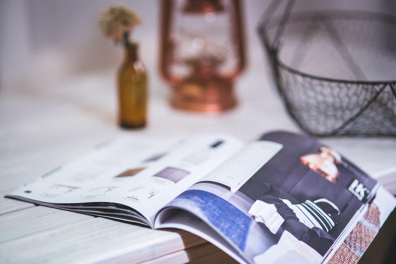 magazine-791046_1280